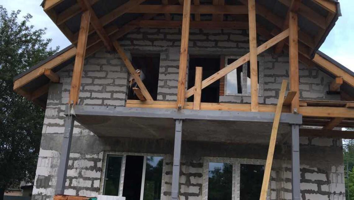 Архитектурный проект компактного дома в европейском стиле